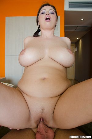 Chubby mom with big tits gets banged ahr - XXX Dessert - Picture 11