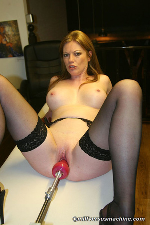 Sexy mom in stockings getting high havin - Picture 15