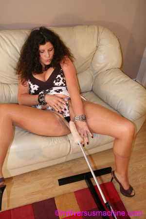 Curly brunette mom in pantyhose stretchi - Picture 15