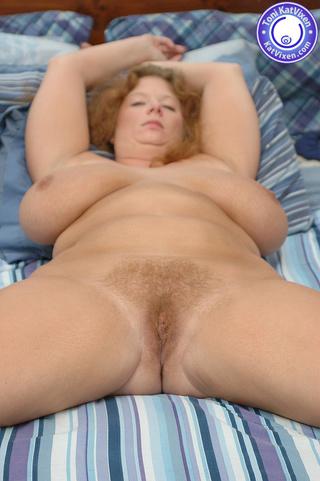 Natural milf nude