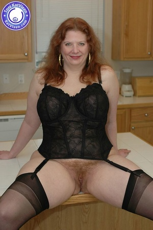 Busty redhead in some sexy black lingeri - XXX Dessert - Picture 4