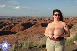Toni KatVixen has breasts so big her shi - XXX Dessert - Picture 1