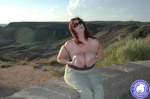 Toni KatVixen has breasts so big her shi - XXX Dessert - Picture 2