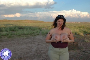 Toni KatVixen has breasts so big her shi - XXX Dessert - Picture 4