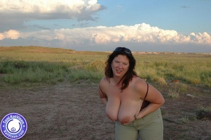 Toni KatVixen has breasts so big her shi - XXX Dessert - Picture 5