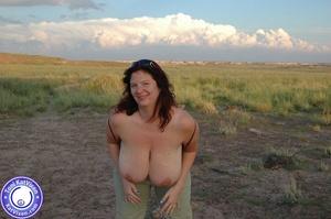 Toni KatVixen has breasts so big her shi - XXX Dessert - Picture 7
