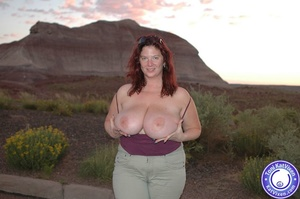 Toni KatVixen has breasts so big her shi - XXX Dessert - Picture 13
