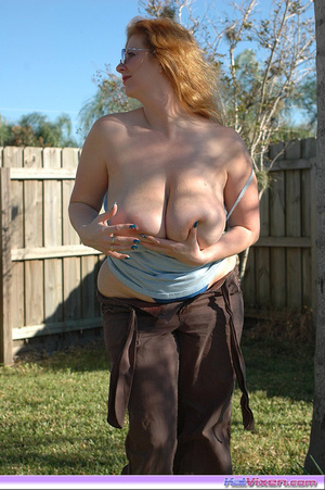 Playing by the brush - XXX Dessert - Picture 6