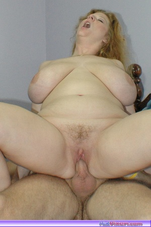 Having a good fuck in the bed - XXX Dessert - Picture 3