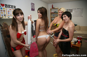Lustful students playing sexual games in - XXX Dessert - Picture 3