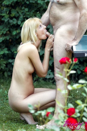 Hairy gray old boy loves cool chicks a l - XXX Dessert - Picture 5