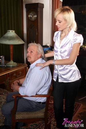 Slutty blonde secretary seduces her old  - XXX Dessert - Picture 3