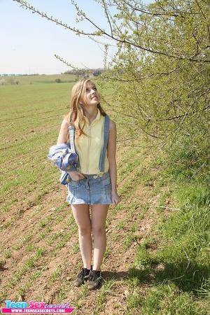 Slutty teen girl in jeans skirt spreads  - XXX Dessert - Picture 1