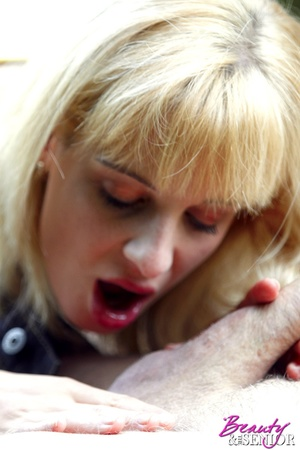 Dirty blonde Nelly seduces old man to di - XXX Dessert - Picture 4