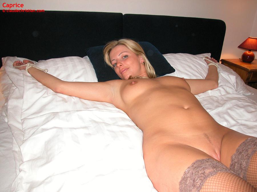 Amateur blonde nude lingerie