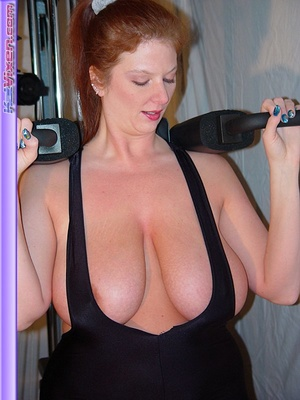 Busty Babe Works Out - XXX Dessert - Picture 14