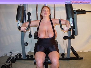 Busty Babe Works Out - XXX Dessert - Picture 16