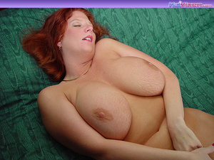 Toni KatVixen Plays With Her Gigantic Ti - XXX Dessert - Picture 2