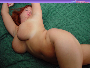Toni KatVixen Plays With Her Gigantic Ti - XXX Dessert - Picture 13