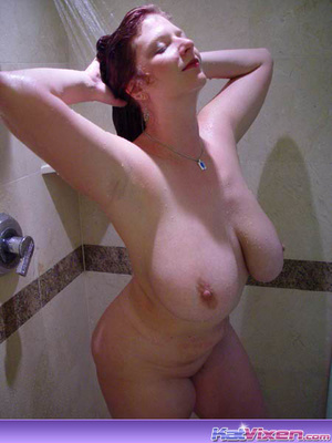 Dirty Toni KatVixen Takes A Shower - XXX Dessert - Picture 1