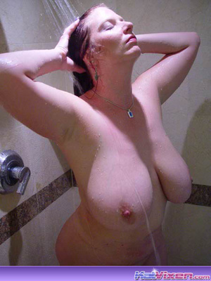 Dirty Toni KatVixen Takes A Shower - XXX Dessert - Picture 2