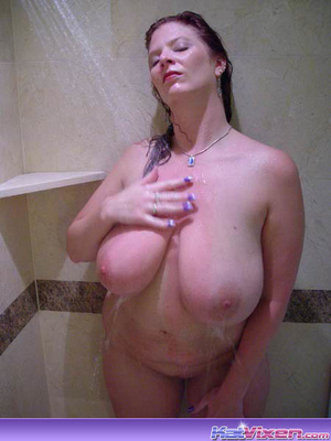 Dirty Toni KatVixen Takes A Shower - XXX Dessert - Picture 11