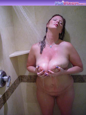 Dirty Toni KatVixen Takes A Shower - XXX Dessert - Picture 15