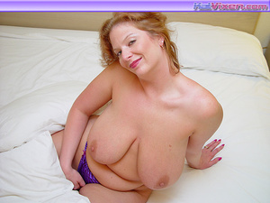 Toni KatVixen Licks Her Giant Boobs - XXX Dessert - Picture 7