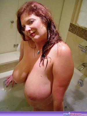 Sexy Toni KatVixen Takes A Bubble Bath - XXX Dessert - Picture 10