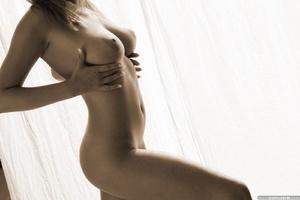 Seductive babe Ginger adores posing nake - XXX Dessert - Picture 13