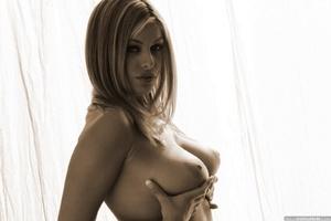 Seductive babe Ginger adores posing nake - XXX Dessert - Picture 14