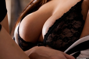 Busty ginger chick in black lace lingeri - XXX Dessert - Picture 5