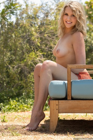Curly blonde babe with small tits expose - XXX Dessert - Picture 10