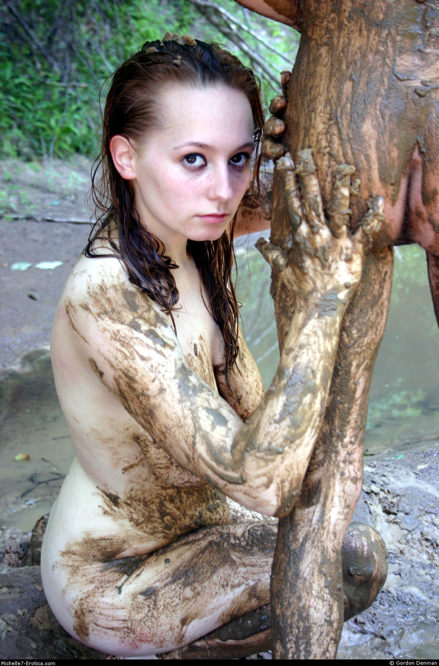 girls naked in the mud