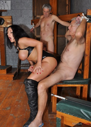 Very hot pics with horny mistress in lat - XXX Dessert - Picture 8