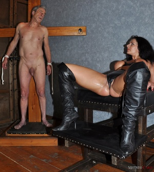 Very hot pics with horny mistress in lat - XXX Dessert - Picture 12
