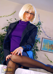dirty secretary glasses and