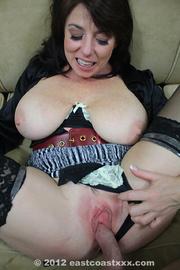 bodacious milf stockings and