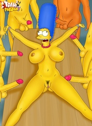 marge simpson gets roped