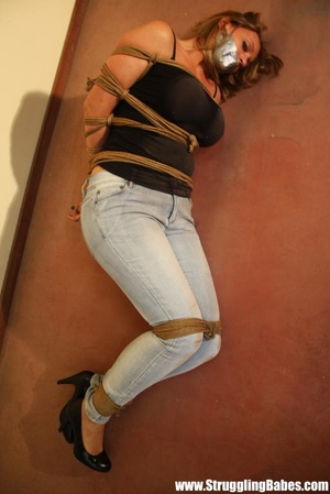 Gag taped blonde chick in jeans gets hog - XXX Dessert - Picture 5