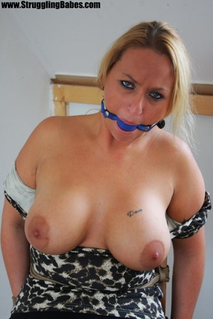 Busty blonde chick fully dressed with a  - XXX Dessert - Picture 9