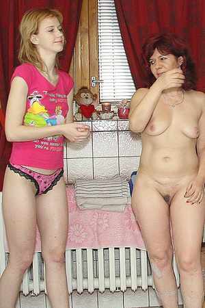 Awesome pics with a family couple seduce - XXX Dessert - Picture 7