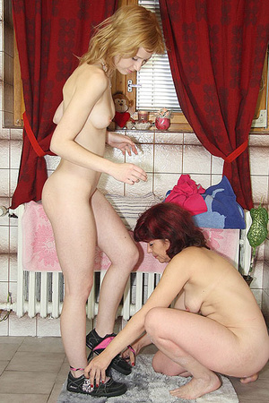 Awesome pics with a family couple seduce - XXX Dessert - Picture 8