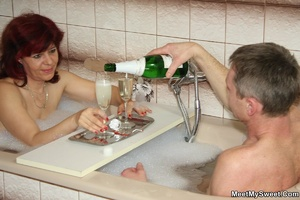 Awesome pics with a family couple seduce - XXX Dessert - Picture 17