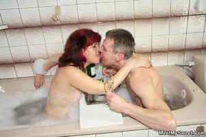 Awesome pics with a family couple seduce - XXX Dessert - Picture 18