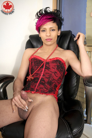 Swarthy Nicki with black and pick hair p - XXX Dessert - Picture 10