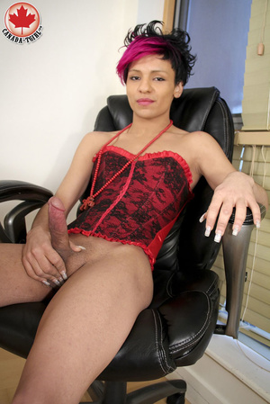 Swarthy Nicki with black and pick hair p - XXX Dessert - Picture 12
