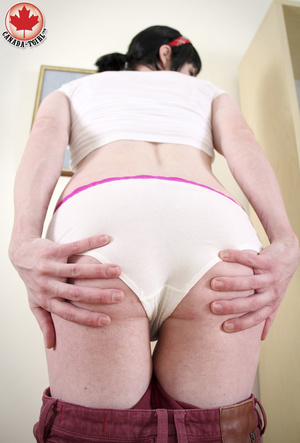 Ponytailed brunette T-girl in striped lo - XXX Dessert - Picture 7