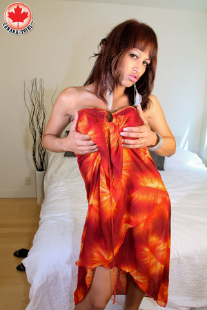Swarthy red shemale with big boobs in a  - XXX Dessert - Picture 3