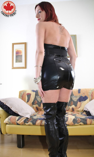 Slutty ginger ladyboy in a black latex d - XXX Dessert - Picture 4
